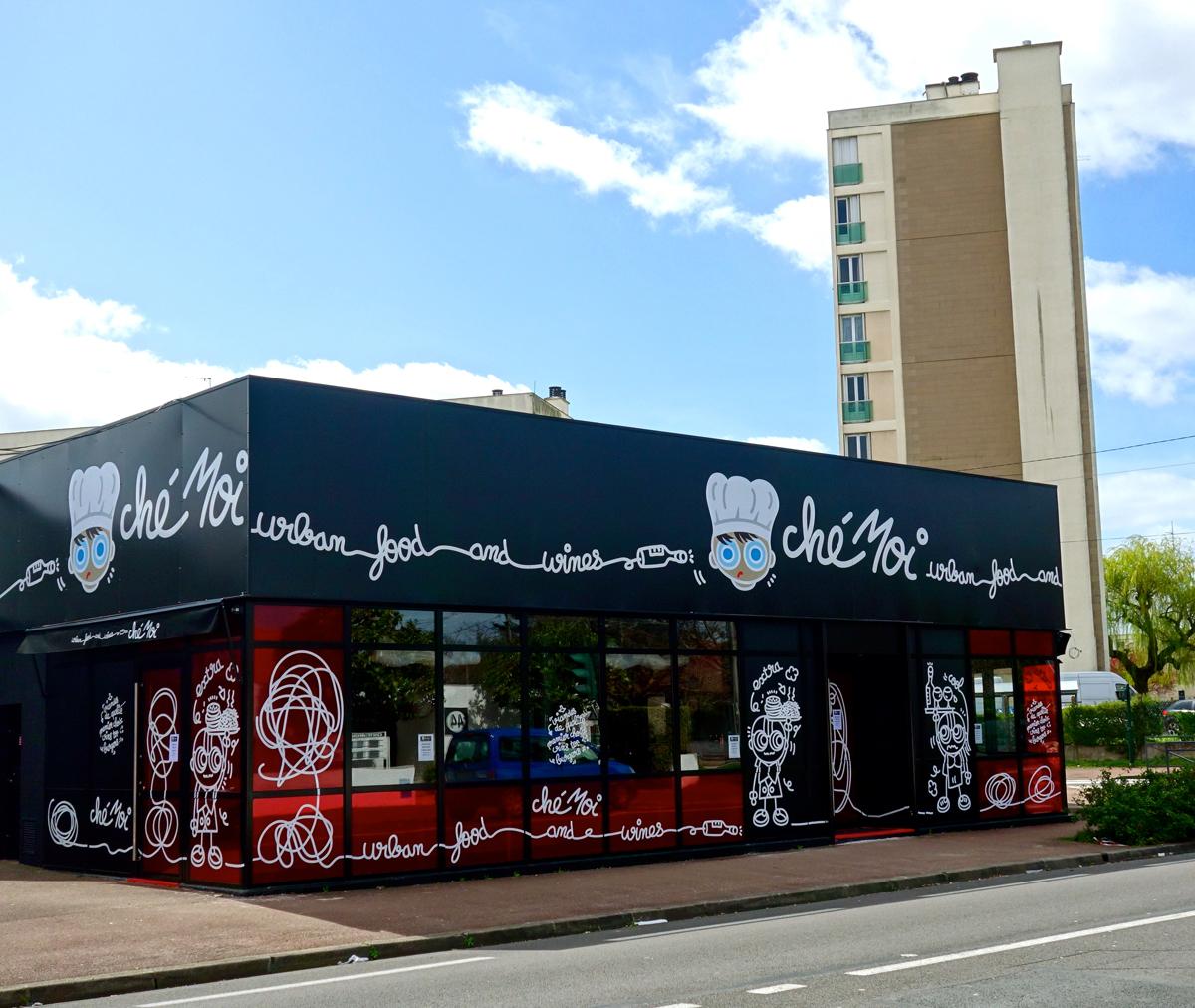Décor façade. Restaurant
